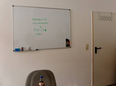 Whiteboard im Labor